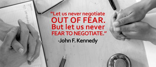 """""""Μακάρι ποτέ να μην διαπραγματευτούμε από φόβο. Και μακάρι ποτέ να μην φοβηθούμε την διαπραγμάτευση."""" Τζον Φιτζέραλντ Κέννεντυ"""